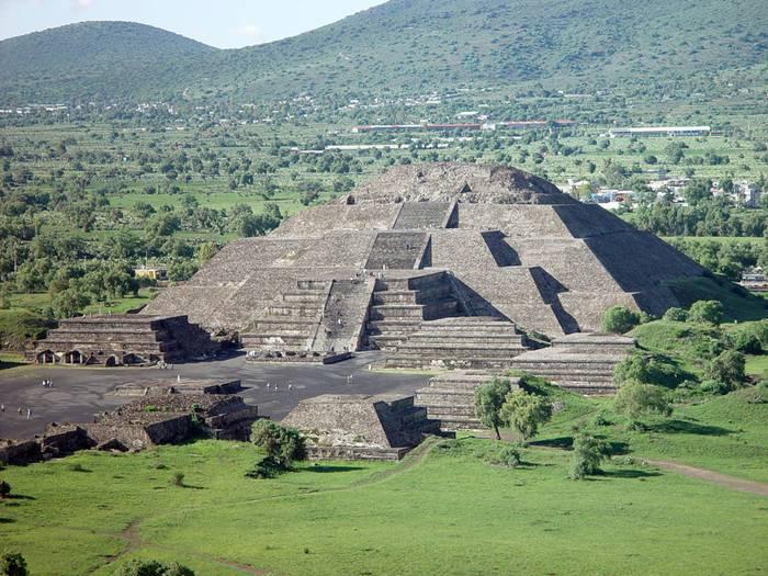 pyramid-of-the-sun-008